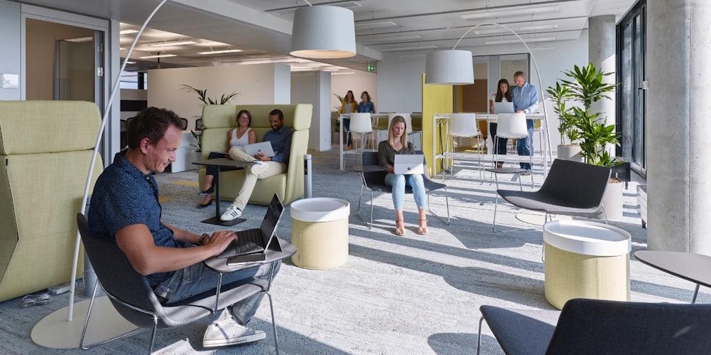 Awesome Interieur Design Mrqt Boutique Dekowand Holzstabchen Rok ...