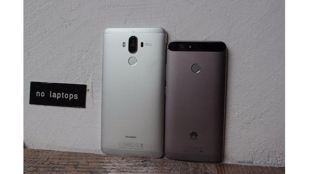 Größenvergleich: Huawei Mate 9 (5,9 Zoll) vs. Huawei Nova  (5 Zoll). (Foto: t3n)