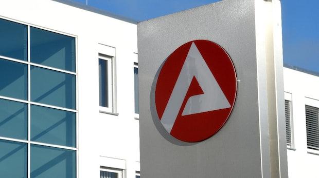 Kontonummer nicht änderbar: Bundesagentur für Arbeit begräbt 60-Millionen-Euro-Software