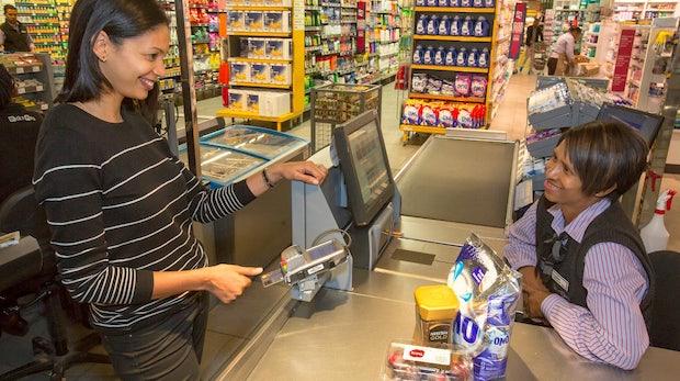 Statt Unterschrift oder Pin: Mastercard baut Fingerabdruckscanner in Kreditkarten ein