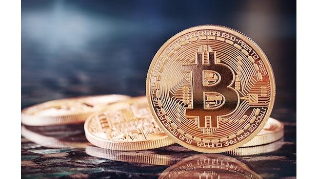 Immer noch unbestritten die Nummer eins unter den Kryptowährungen: Bitcoin mit einer Marktkapitalisierung von rund 280 Milliarden Dollar. (Stand: Anfang Dezember 2018)  (Foto: Shutterstock/Julia Tsokur)