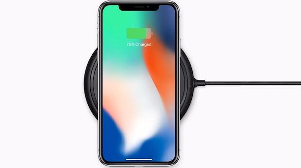 iPhone 8 und X drahtlos laden: Mit diesen Ladestationen sagt ihr Kabeln gute Nacht